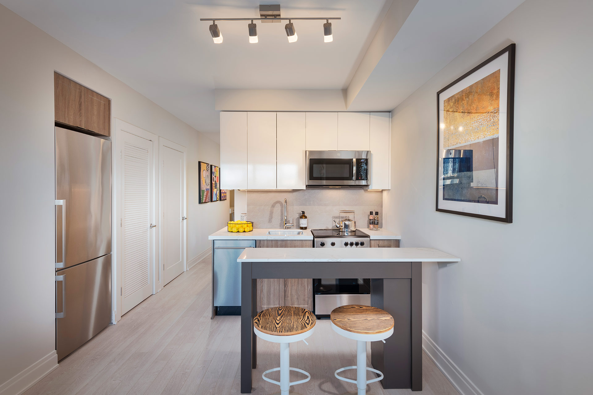 kitchen cabinets range microwave dishwasher